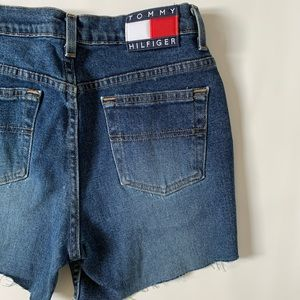 Tommy Hilfiger Vintage High-waisted jeans shorts